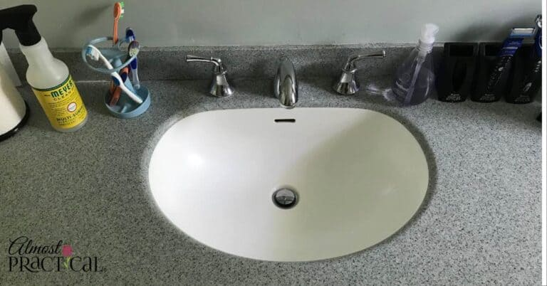 How to Keep the Kids Bathroom Countertop Clean – A Simple Hack