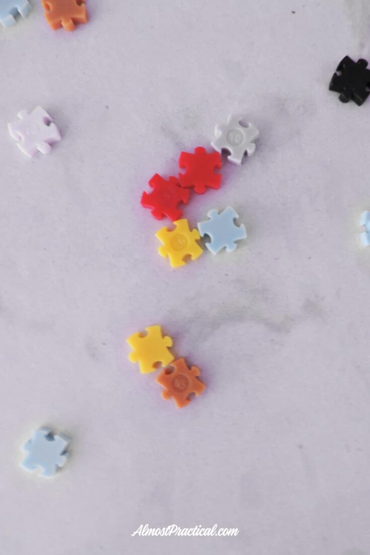 photo of individual Jixelz toy pieces