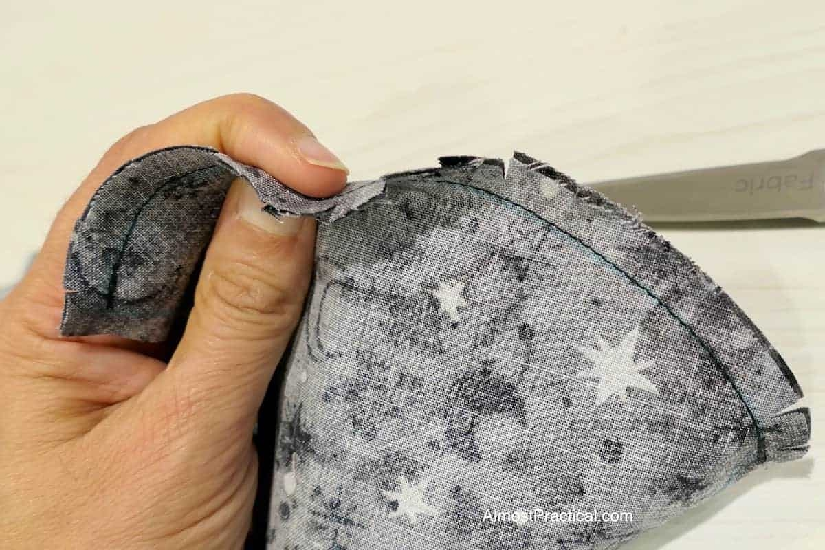 clipping the front seam of the face mask