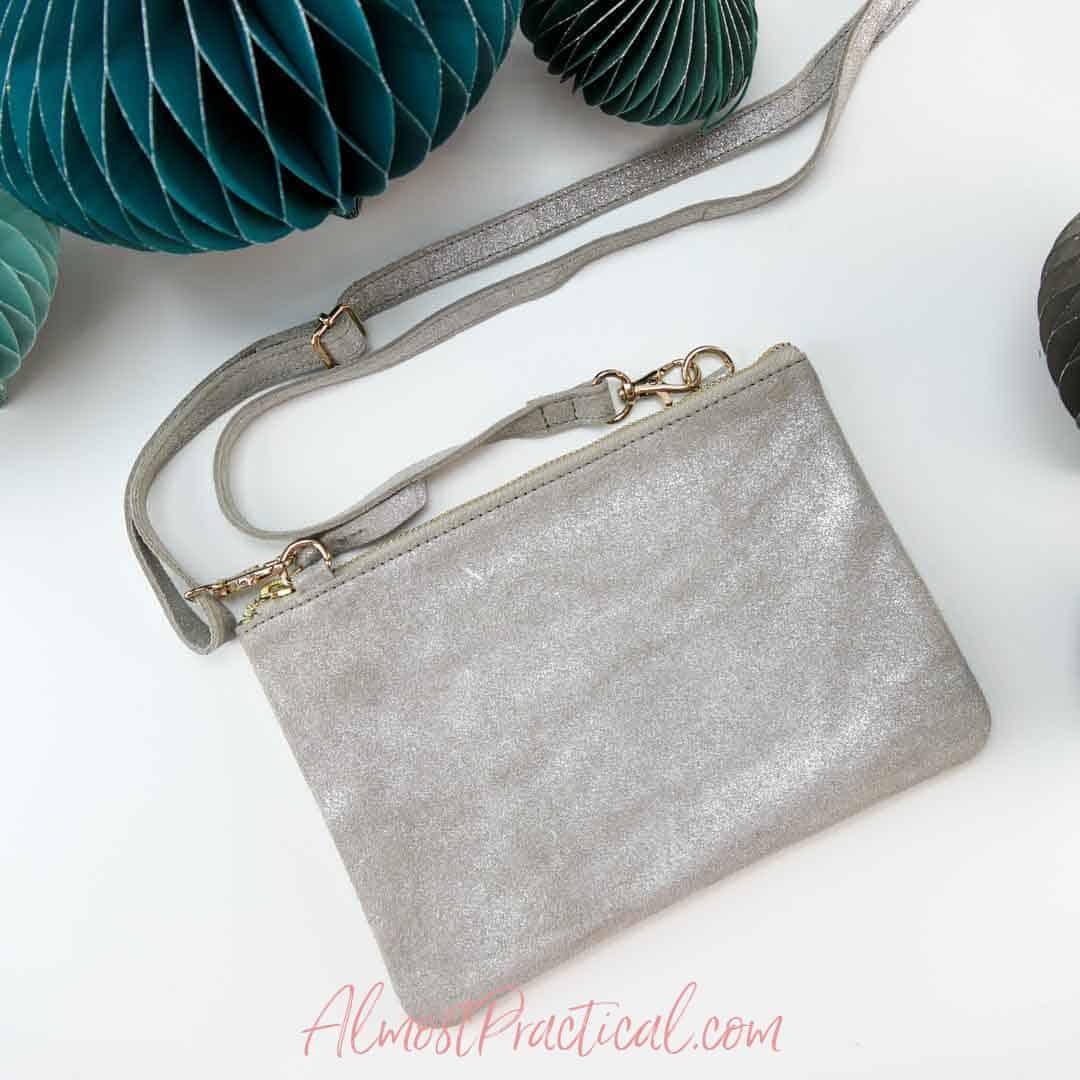 crossbody clutch style purse