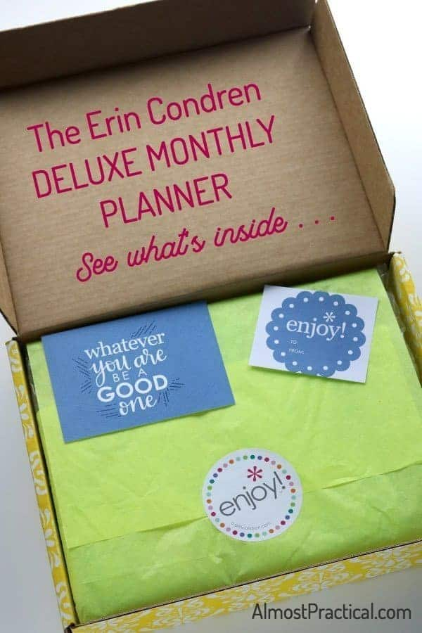 The Erin Condren Deluxe Monthly Planner Review - see what's inside