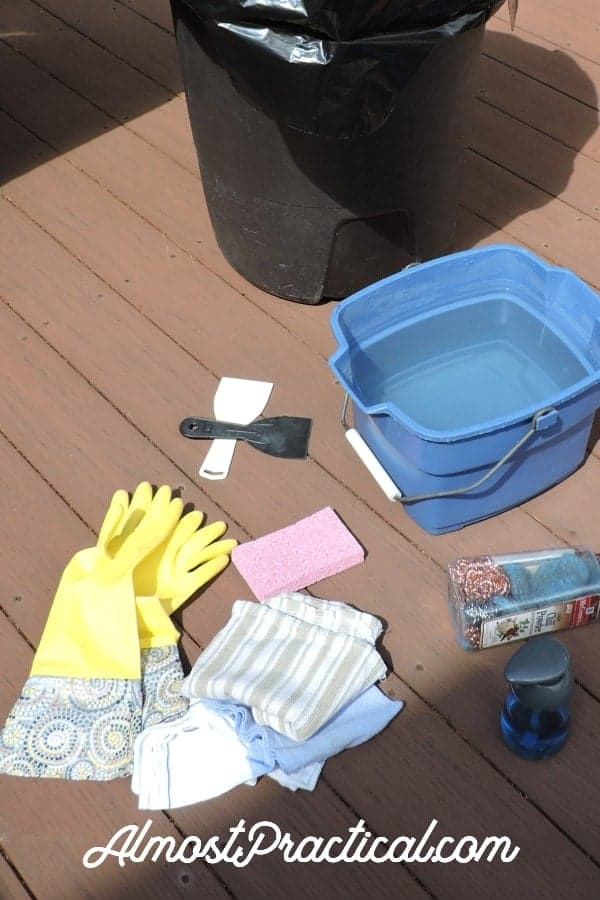 Supplies that you need to clean a grill.