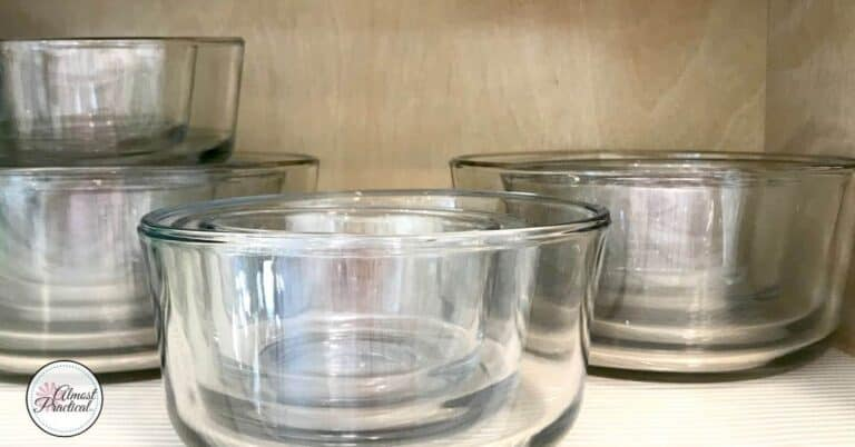 A Simple Way to Organize Your Pyrex Type Lids